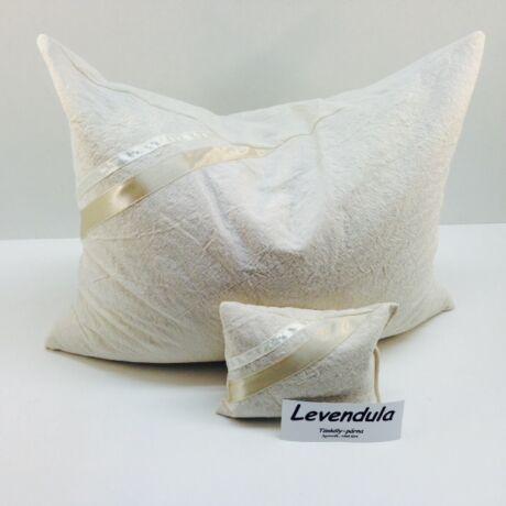 Tönkölypárna 35/45cm 100% pamutban, Levendula illatpárnával